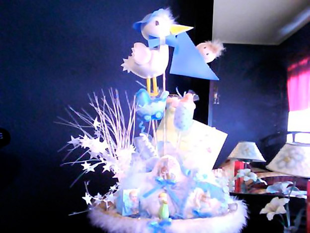 http://espanol.babycenter.com/l13600052/lindas-decoraciones-en-baby-showers-fotos